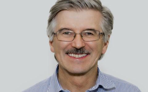 Dr Mark McCombe